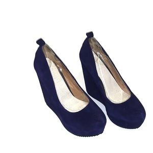 ALDO Calcagni wedge shoe- violet blue